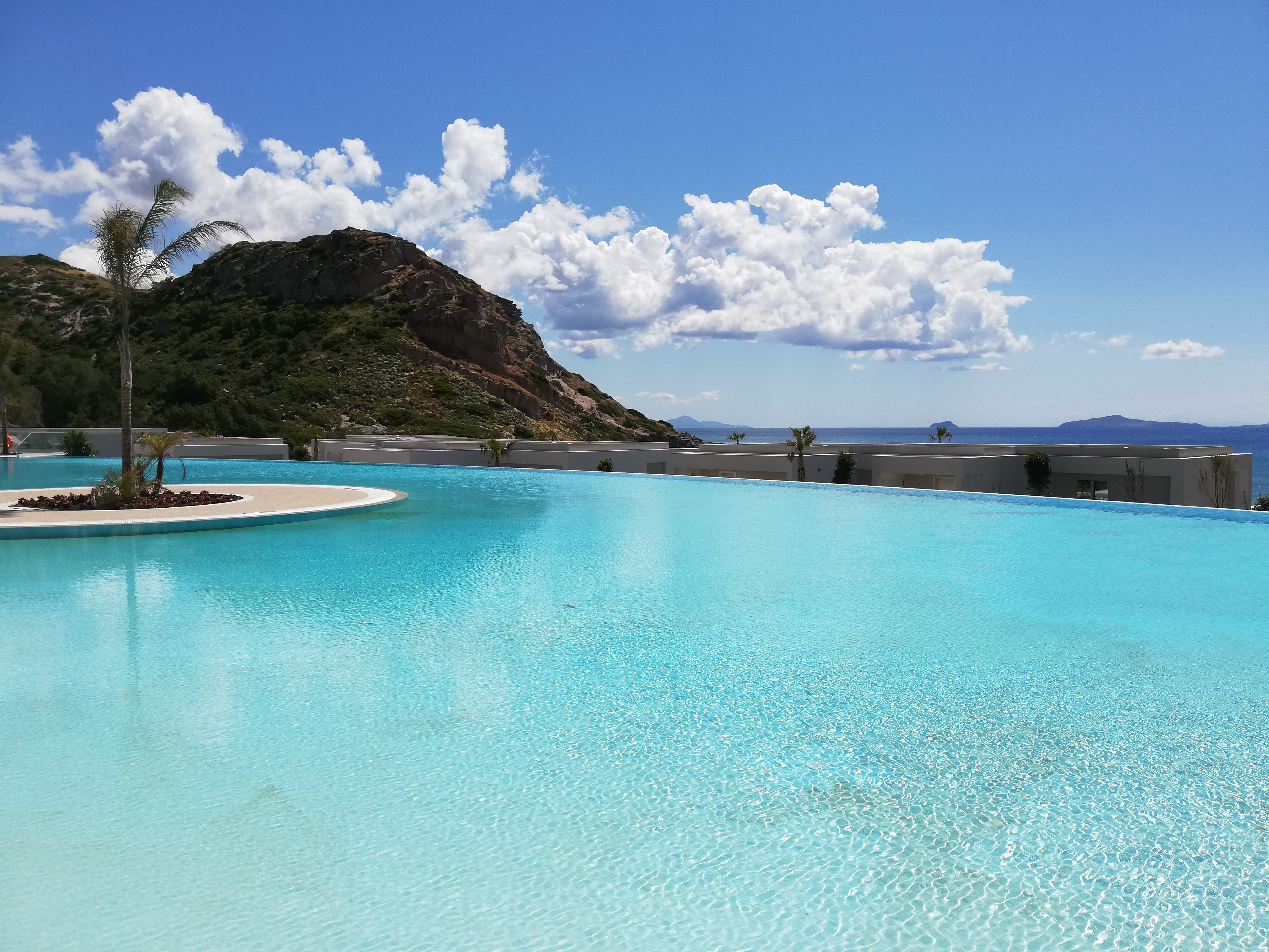 Pool at Ikos Aria, Kos | ItinerWord Blog